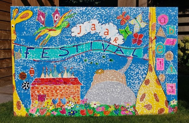 jubileum, cadeau, schilderij, kunstwerk, schilderij in opdracht, workshop, gezamenlijk kunstwerk maken, teambuilding, creatieve workshop, onderwijs zwolle, bassischool stadshagen, kunst, activiteit zwolle