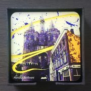 Zwolle, kunst, fotografie, binnenstad, cadeau, relatiegeschenk, wijn, wijnarrangment, cadeaupakket, geschenkenbox, luxe product, kleurrijke kunst, design, wonen, Sassenstraat, winkelen, winkelstraatje, design, luxury item, leuk cadeau, bijzonder geschenk, koffie en thee, simon levelt, kaldi